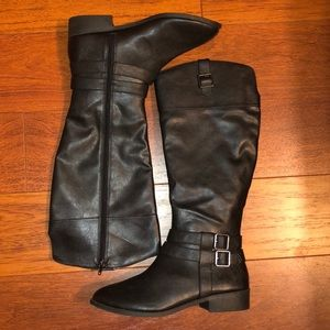 NWOT American Eagle boots